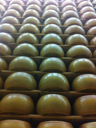 """Food Valley Travel & Leisure: Parmigiano Reggiano """"cathedrals"""""""
