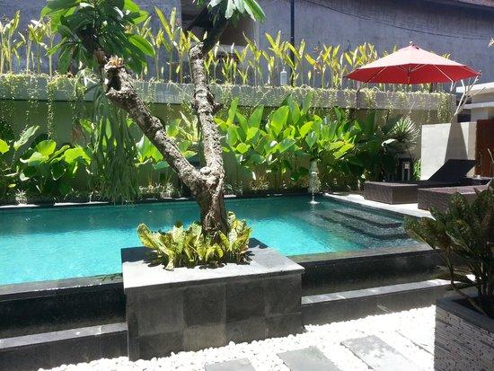 Rabasta Angkul Angkul Beach Inn