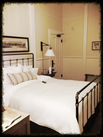 Inn at the Presidio: Room in The Funston House