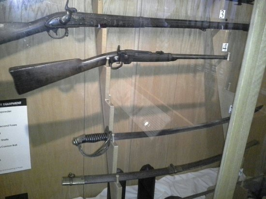 Civil war rifles! - Picture of Museum of World Treasures, Wichita