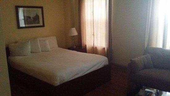 Dewitt Hotel & Suites: Letto
