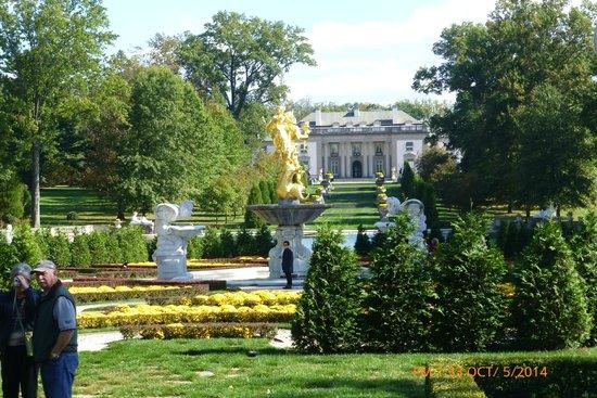 Nemours Mansion U0026 Gardens: Nemours Mansion And Gardens Wilmington, DE