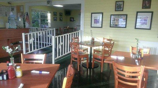 Lakeside Inn and Cafe: Lakeside Inn & Cafe St. Cloud Florida