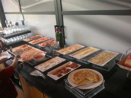 TRYP Salamanca Montalvo: desayuno