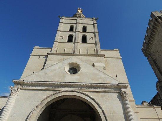 Cathedrale Notre-Dame des Doms: Esterno