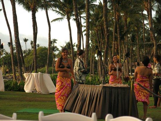 The Grand Luau at Honua'ula: photo op upon arrival