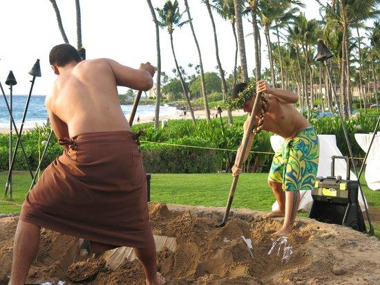 The Grand Luau at Honua'ula: imu ceremony