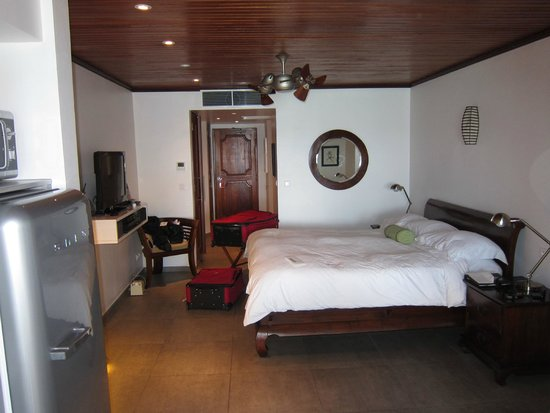 Le Petit Hotel : room