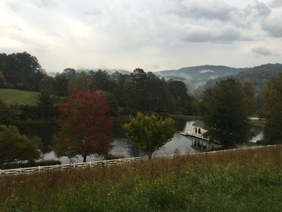 Blackberry Farm: Walland Pond