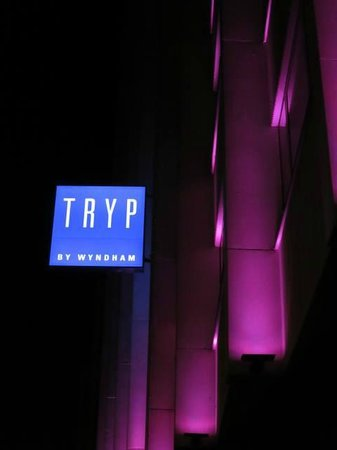 TRYP by Wyndham Antwerp: -