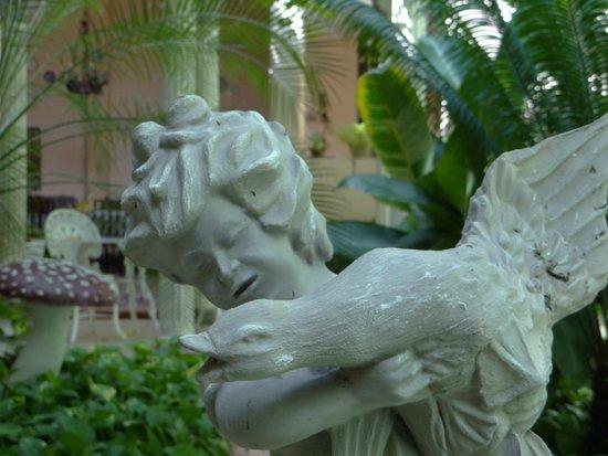 Hostal Autentica Pergola: patio 2
