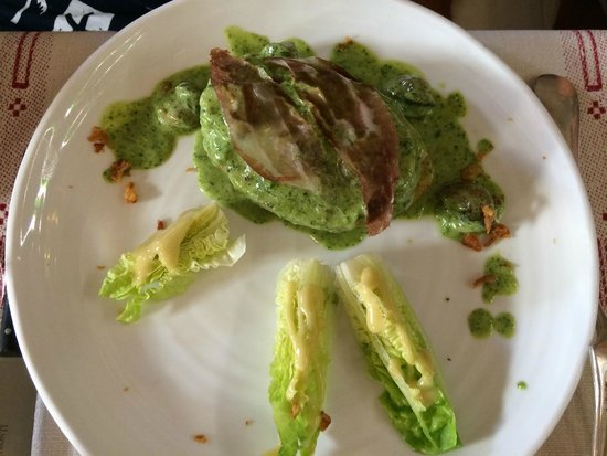 La Poule D'or : Opgevulde aardappel met escargots