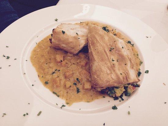 Gablerbrau: Vegetable strudel (peas and carrots burrito)