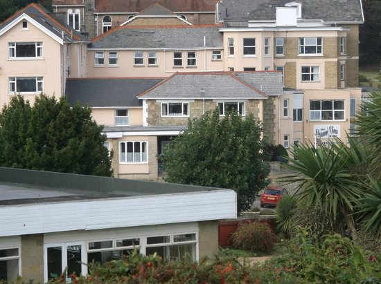 The Channel View Hotel: Great View from the Cliff Path