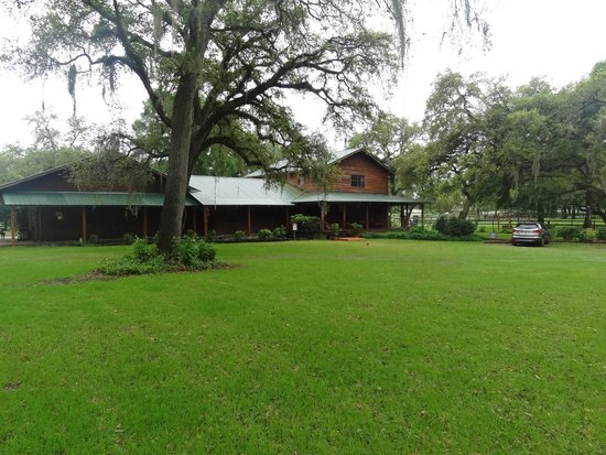 Cypress House Ranch Bed and Breakfast: Ranch