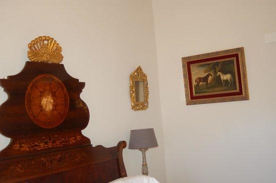 Hotel Hacienda De Abajo: ANTIGUEDADES EN LAS HABITACIONES