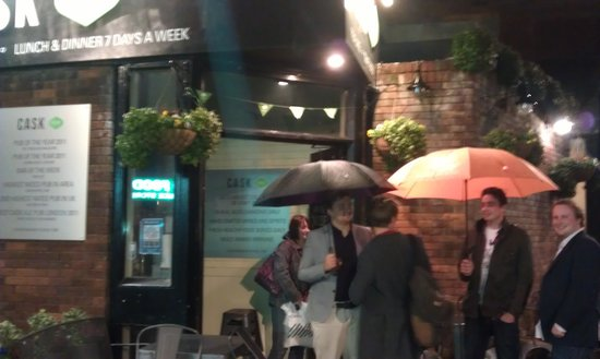 The Cask Pub & Kitchen: WetNight at the Cask