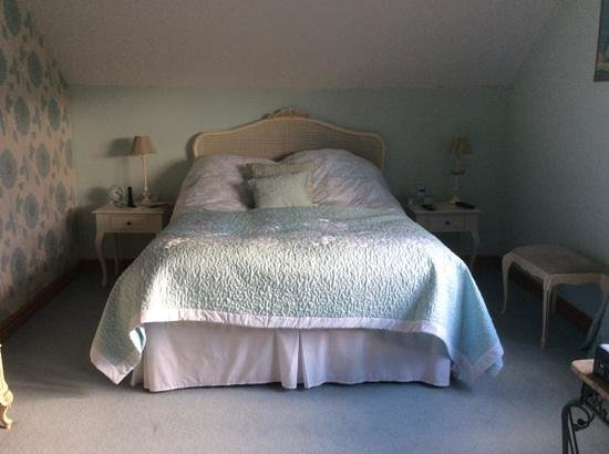 The Dolphins Guest House Bed & Breakfast