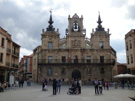 Ayuntamiento de Astorga: VISTA PANORAMICA