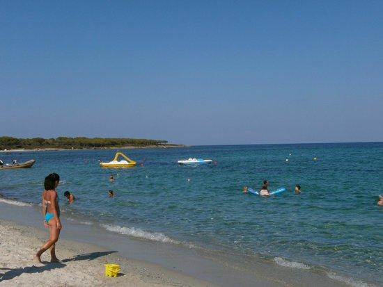 Spiaggia del villaggio foto di villaggio li cucutti for Villaggio li cuncheddi sardegna