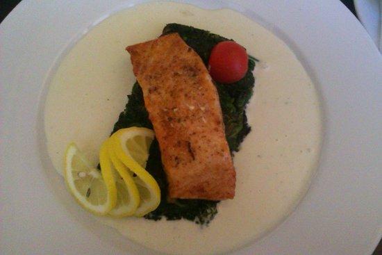 Cafe Restaurant Caesar : Losos :)