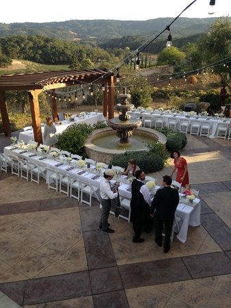The Inn at Croad Vineyards: Lower Courtyard, site for our wedding reception