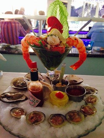 Sunset Catch Restaurant : Seafood Tower!!! Excellent Lobster Ceviche! Highly recommend!!