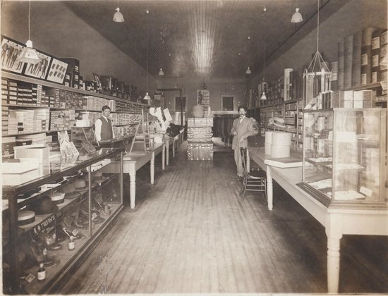 Delta, CO: Original Davis Clothing Store Interior