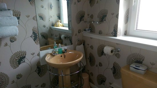 Greenacres Guest House: Bathroom