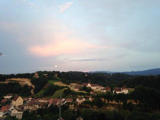L'Aigle-Noir: Sunset