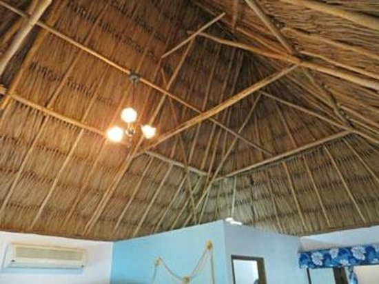 The Inn at Corozal Bay: thatched roof