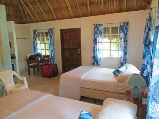 The Inn at Corozal Bay: Newly remodeled room