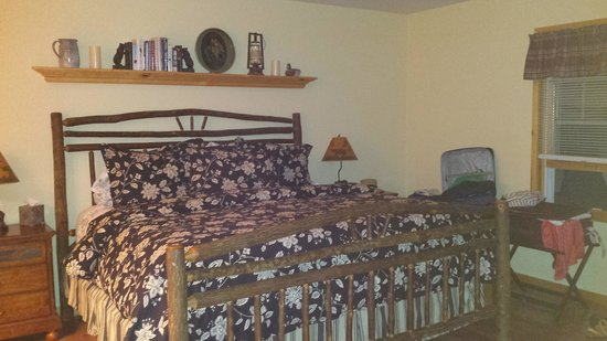 Hopewell Bed & Breakfast: Larger cottage
