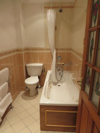 Leeson Bridge Guesthouse : Bathroom