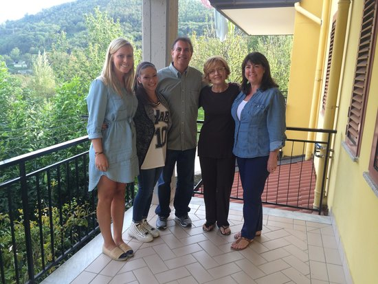 Positano Limousine Service Tours : Meeting our cousins for the first time!