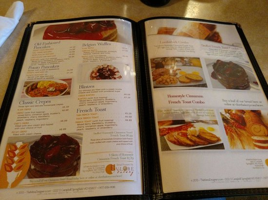 Chefo's Pancake House : Pictures on the menu!