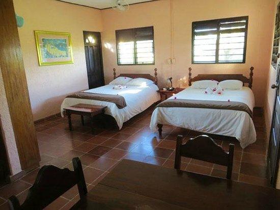 Windy Hill Resort: Inside