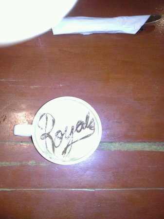 Eggtc.: Eggct supports our Royals with the best coffee.