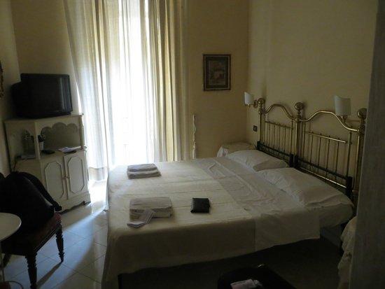 Marta Guest House: la habitacion