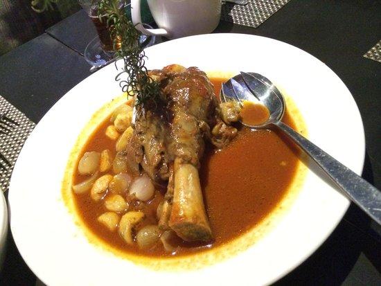 Turkuaz Restaurant: Lamb shank