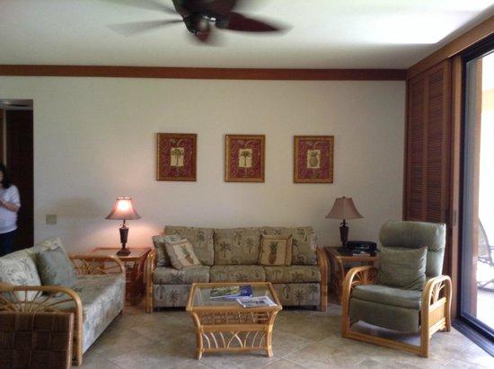 Mauna Lani Terrace Condominiums: Living Area