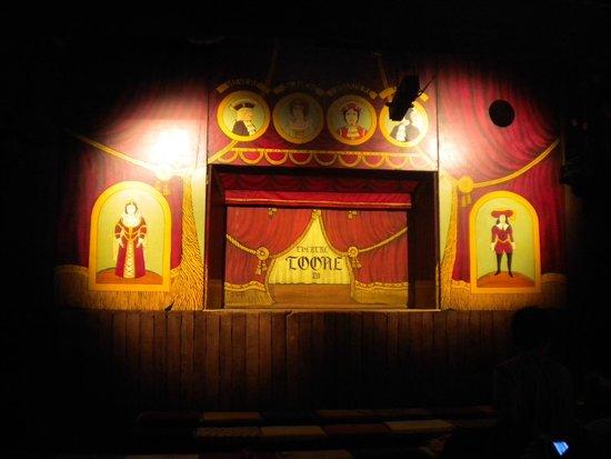 Royal Theatre Toone: Teatro