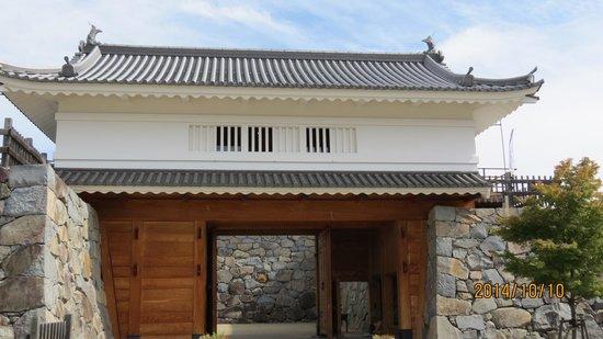 山手渡櫓門 その1 - Picture of ...