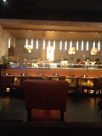 Dragonfly: The sushi bar