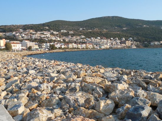 Emily Hotel: Samos Town harbor