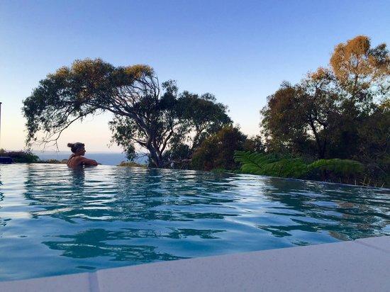 Rainbow Ocean Palms Resort: Pool