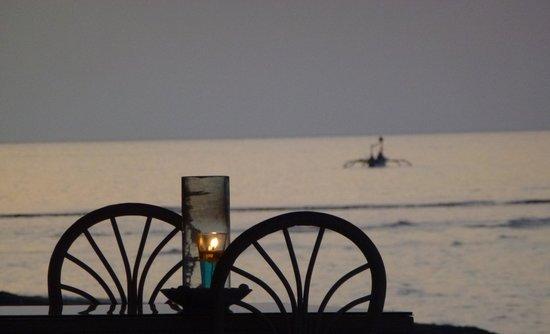Rikki's Beach Bistro: View from the beachside restaurant