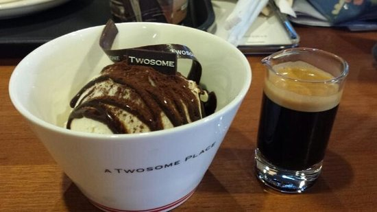 Two Some Place Sinchon