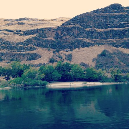 Hells Canyon National Recreation Area: Gorgeous beaches along the Snake (but you need to have boat access to reach them)