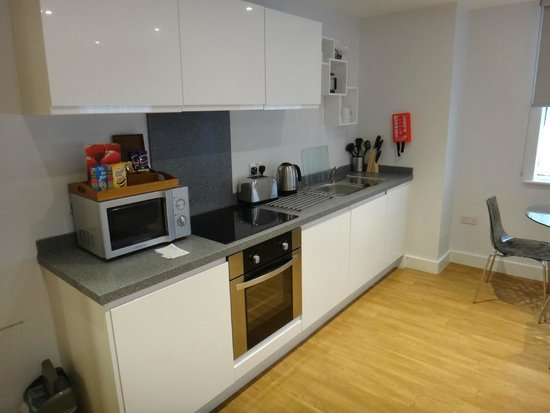 SACO Manchester - Piccadilly: Fully equiped Kitchen area
